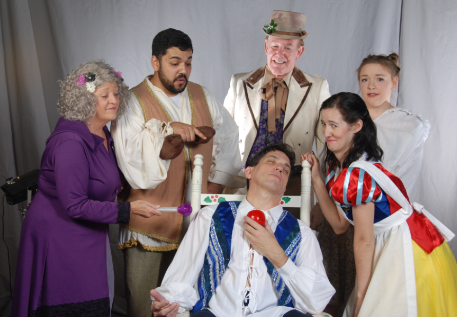 A Snow White Christmas.Theatre Suburbia Presents Norm Foster S A Snow White
